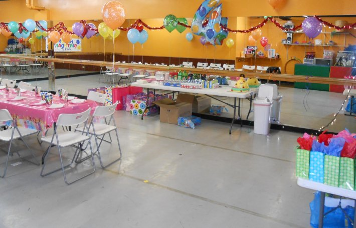 We will host your child's birthday party!
